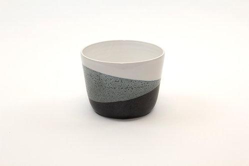 Small black & white planter