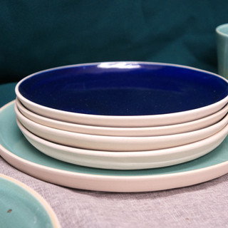 Blue and green dinnerset.jpg