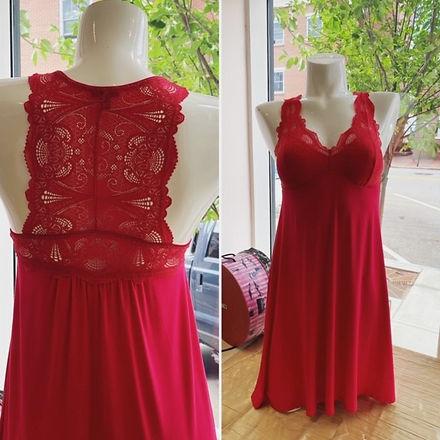 Red Fleur't chemise.jpg