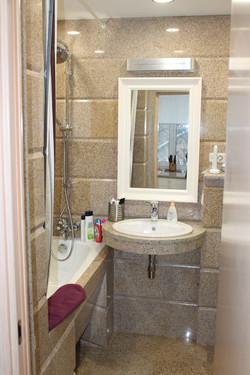 Отделка ванной комнаты гранитом