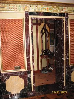 Дверной портал из мрамора