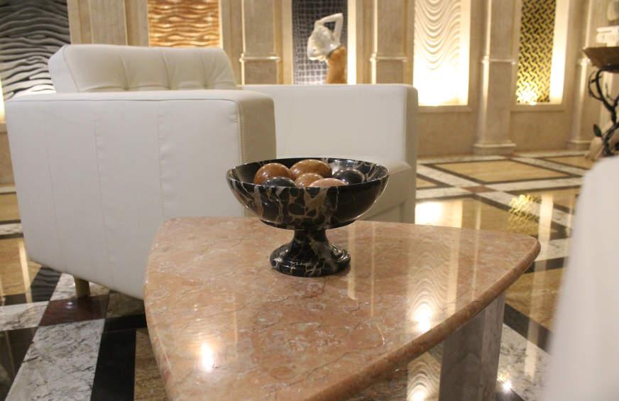 Мраморная ваза