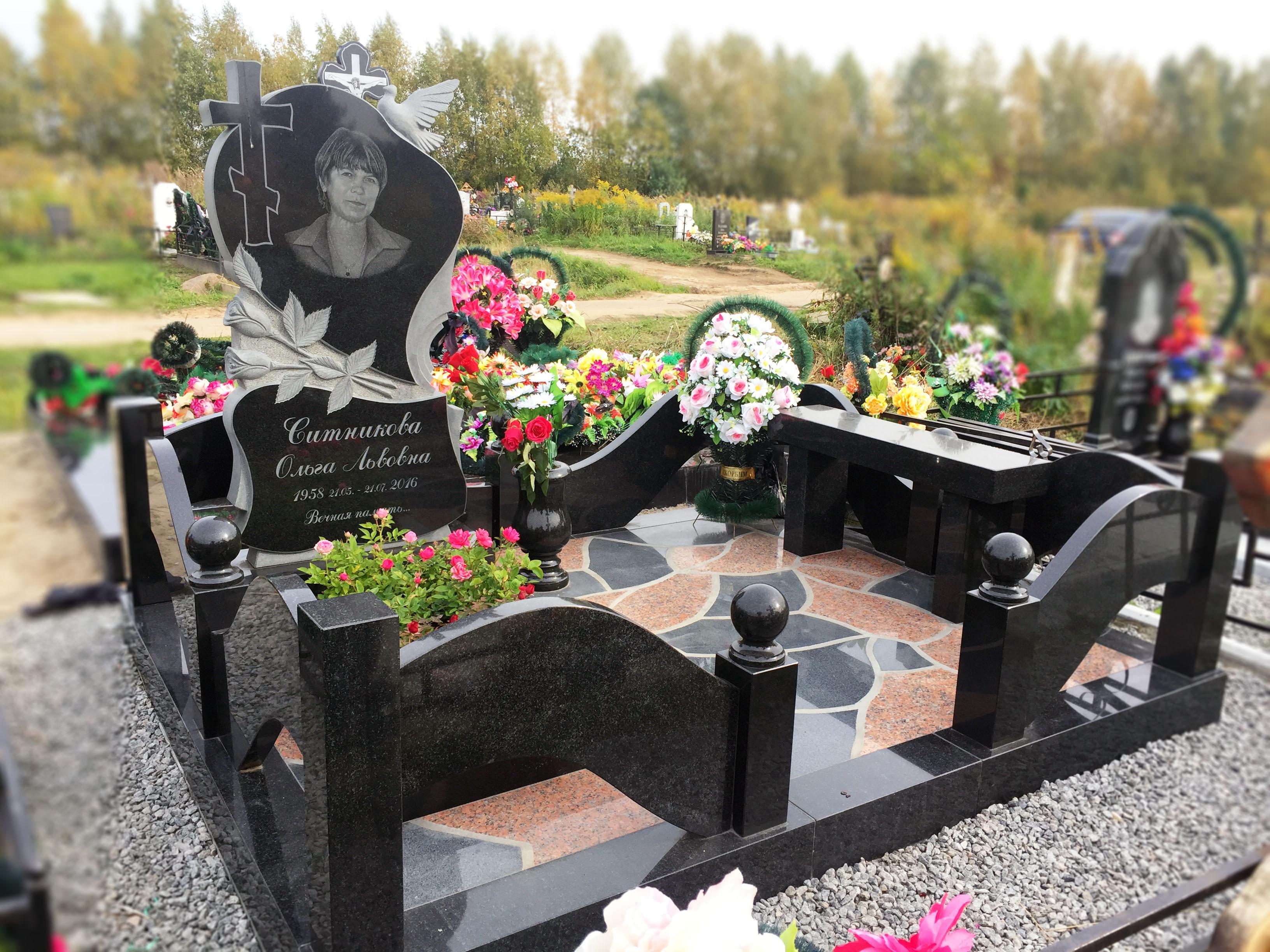 """Памятник """"Нежное сердце"""""""