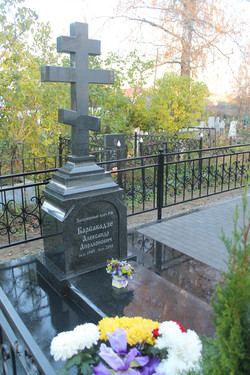 """Памятник """"Православный крест"""""""