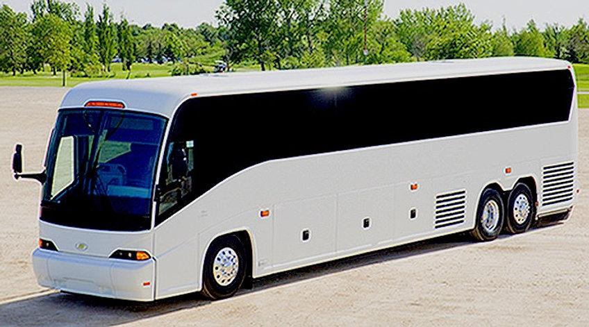 MCI%20J4500%2056-passenger%20Motorcoach_edited.jpg