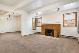 1902 B livingroom:firepalce.jpeg