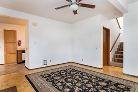 1902 D livingroom.jpg