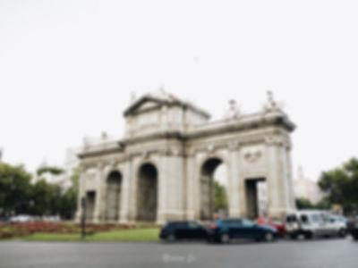 PuertaDeAlcalá_阿卡拉門.jpg