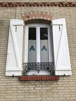 Adhésif dépoli sur-mesure Axona Paie Consulting Soissons