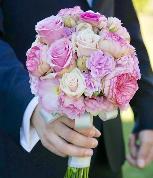 #floral #weddingblog #weddingbouquet #novaflora