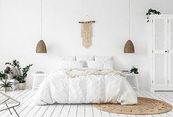 Weißes Schlafzimmerkonzept