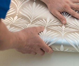 2018-Wickes-How-To-Paste-the-Wall-Step-9
