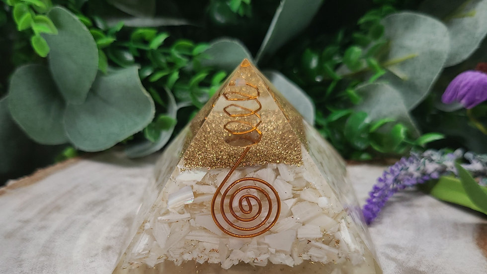 Mother of Pearl Orgonite Pyramid