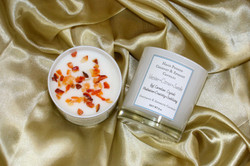 Aromatic Crystal Infused Candle