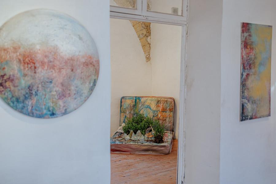 60 cm round, mixed media on canvas