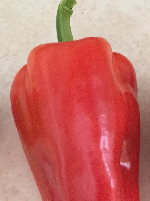 Red or green pepper