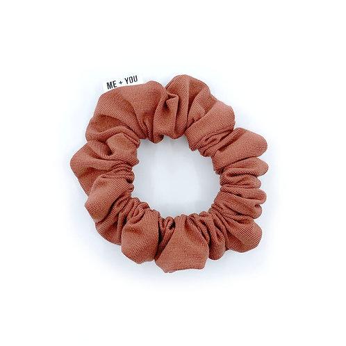Mini Scrunchie - Chestnut Winter Knit