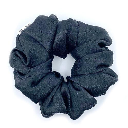 Premium Scrunchie - Satin Noir