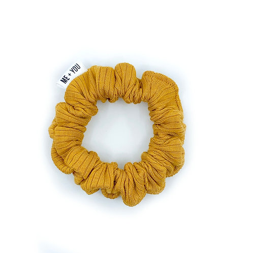 Mini Scrunchie - Knit Marigold
