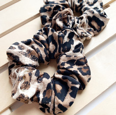 Leopard Knit Scrunchies