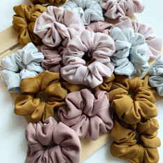 Knit Scrunchie