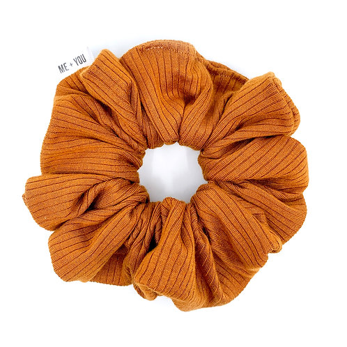 Premium Scrunchie - Knit Caramel