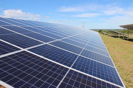 Usina fotovoltaica 1