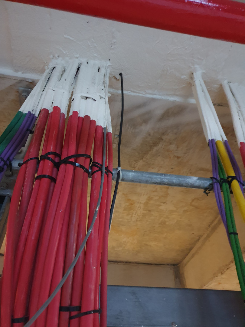 Porão de cabos 3