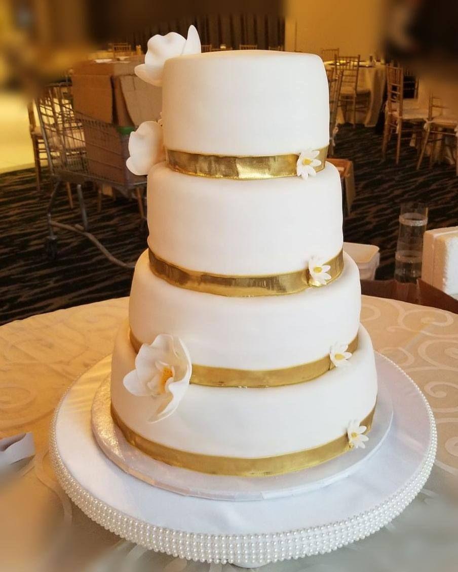 Back of Weding cake