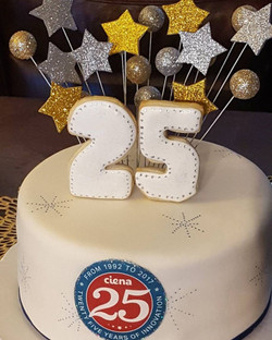 25 Aniversariy Cake