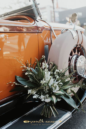1932 Pierce Arrow with flower