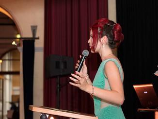 Josephine Kahnt - Moderatorin
