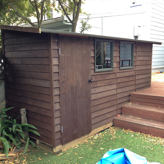 Non-standard Lean-To Timber Shed