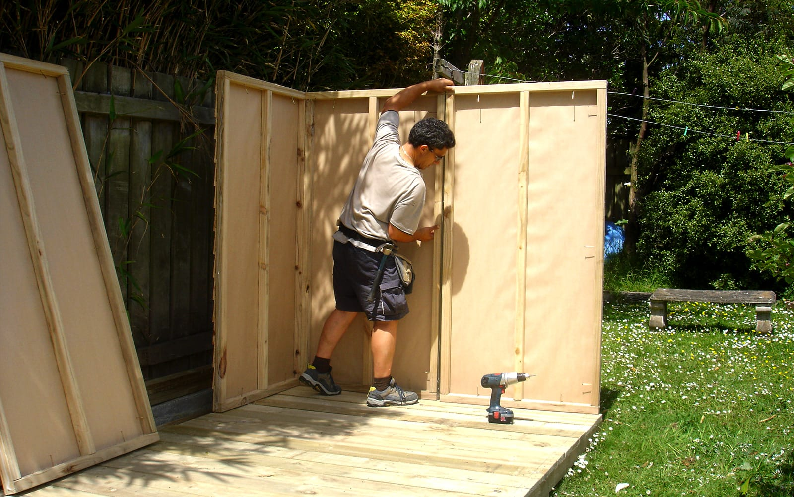 Kitset wall panel assembly