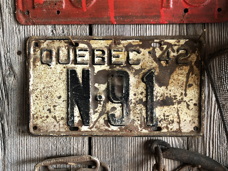 1942 Quebec farm plate, found in a barn, well outside Quebec.