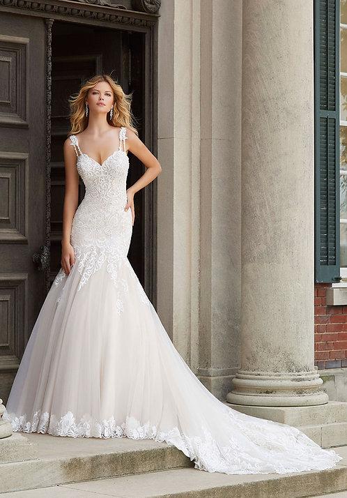 Brautkleider mit Spitze Meerjungfrau fit and flair tüll herzausschnitt