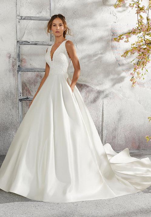 Brautkleider seitentasche Satin V-Ausschnitt rückenfrei