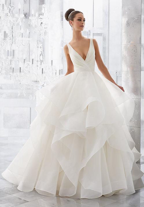 Brautkleider asymmetrisch, V-Ausschnitt, offene Rücken