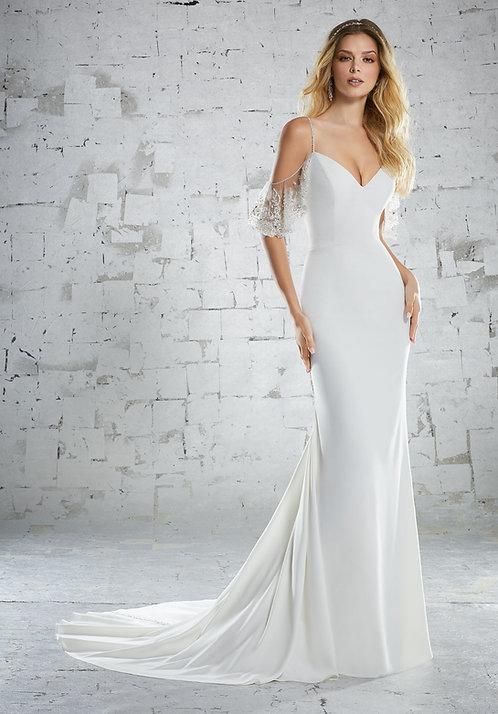 Brautkleider mit Spitze schlicht sexy eng anliegend figurbetont