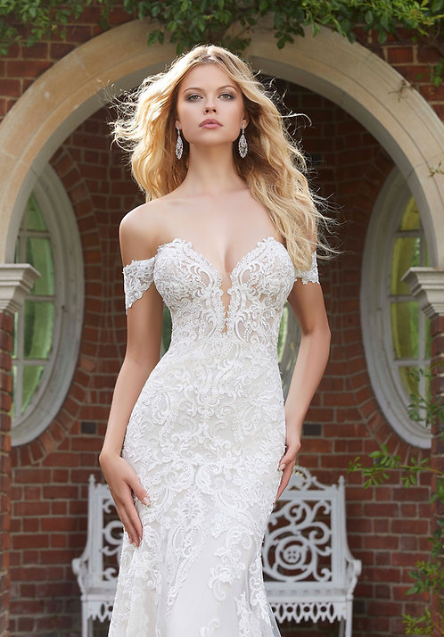 Brautkleider Schulterfreies spitze rücken geschlossen sexy