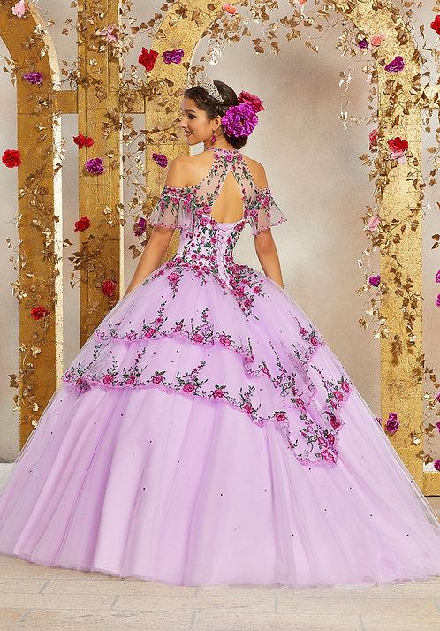 spanische Brautkleider viele blumen tüll sissi rosa