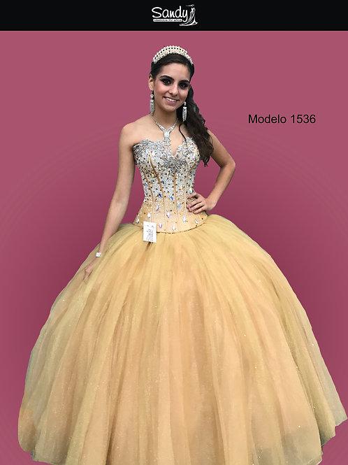 Vestido de XV años, Sandy. Oro Modelo 1536 Frontal