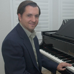 Me at piano turned, cropped square