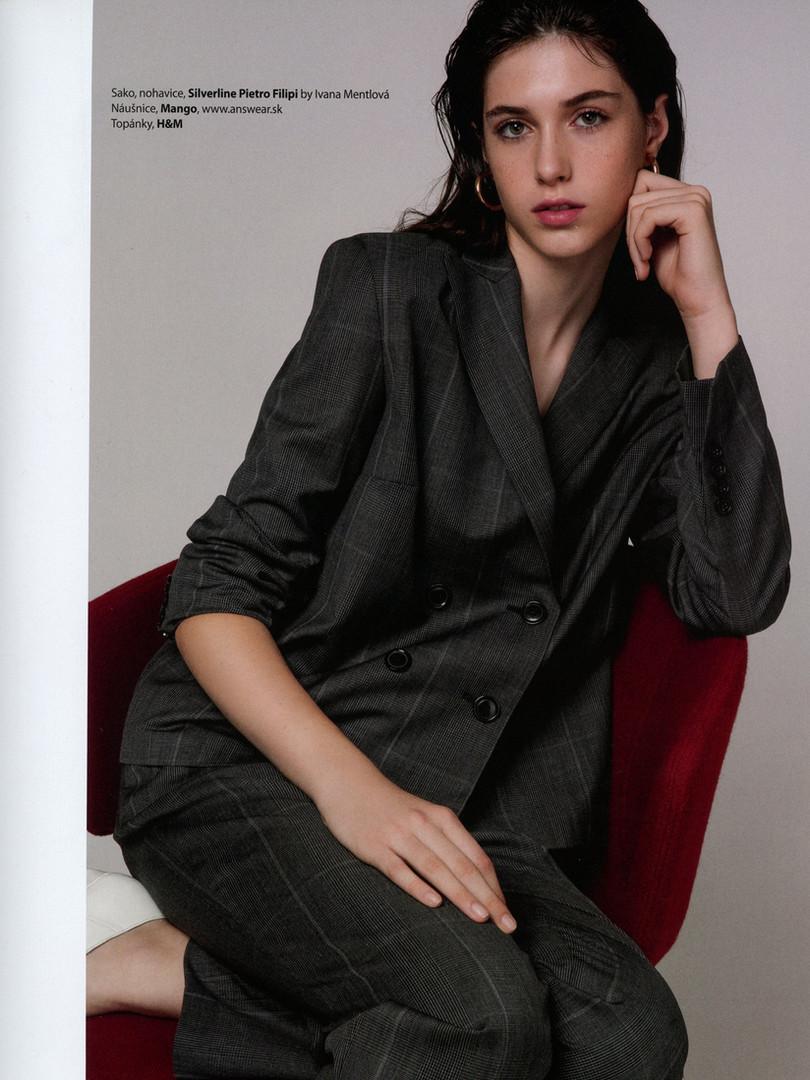 WOMAN_ Marianna Tomanova (6).jpg