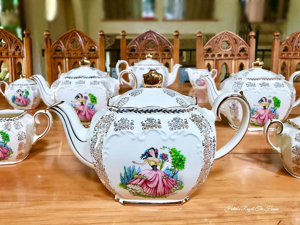 Sadler Dainty Miss Teapot