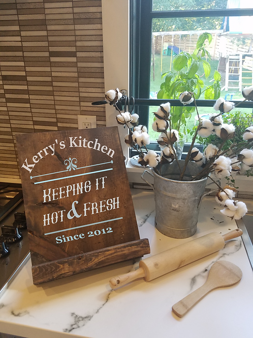 Hot & Fresh Cook book or Tablet Stand