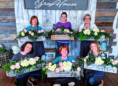 floral centerpiece group shot.jpg