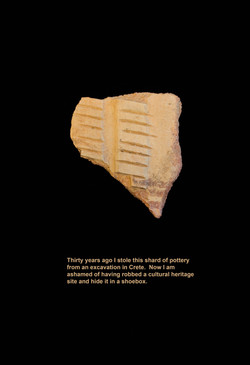 21_Crete_Pottery_shard_9222_final-more_red_PG