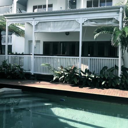 Court Room 100       deck overlooking pool