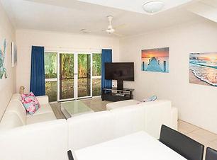 Mango Townhouse | Port Douglas Apartments